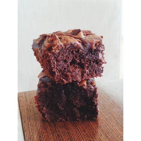 maapähkinä suklaabrowniet (gluteeniton, ei lisättyä sokeria)