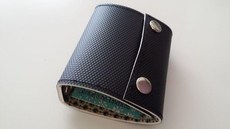 Recyclé - Porte-cartes en linoleum rigide recyclé couleur noir : Etuis, mini sacs par lileocraies