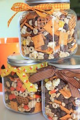 Halloween Snack Mix for teachers.  Yummy!