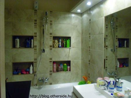 Szeretném megmutatni ezt az iciripiciri fürdőszobát, amit a húgom és a sógorom saját kezűleg újított fel. Tényleg nagyon kicsi, a mérete 165x190 cm