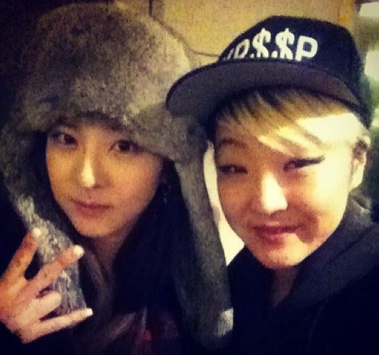 2NE1's Dara Back In The Philippines To Support Fellow YG Artist Lydia Paek http://www.kpopstarz.com/articles/102797/20140807/2ne1-dara-lydia-paek.htm