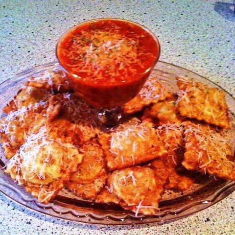 Menu Musings of a Modern American Mom: Making Homemade Ravioli - Fried with Marinara