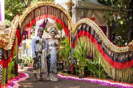 Anda Akan Menikah? Simak Kiat Menghemat Anggaran Pesta - http://www.livingwell.co.id/post/financial-well-being/anda-akan-menikah-simak-kiat-menghemat-anggaran-pesta