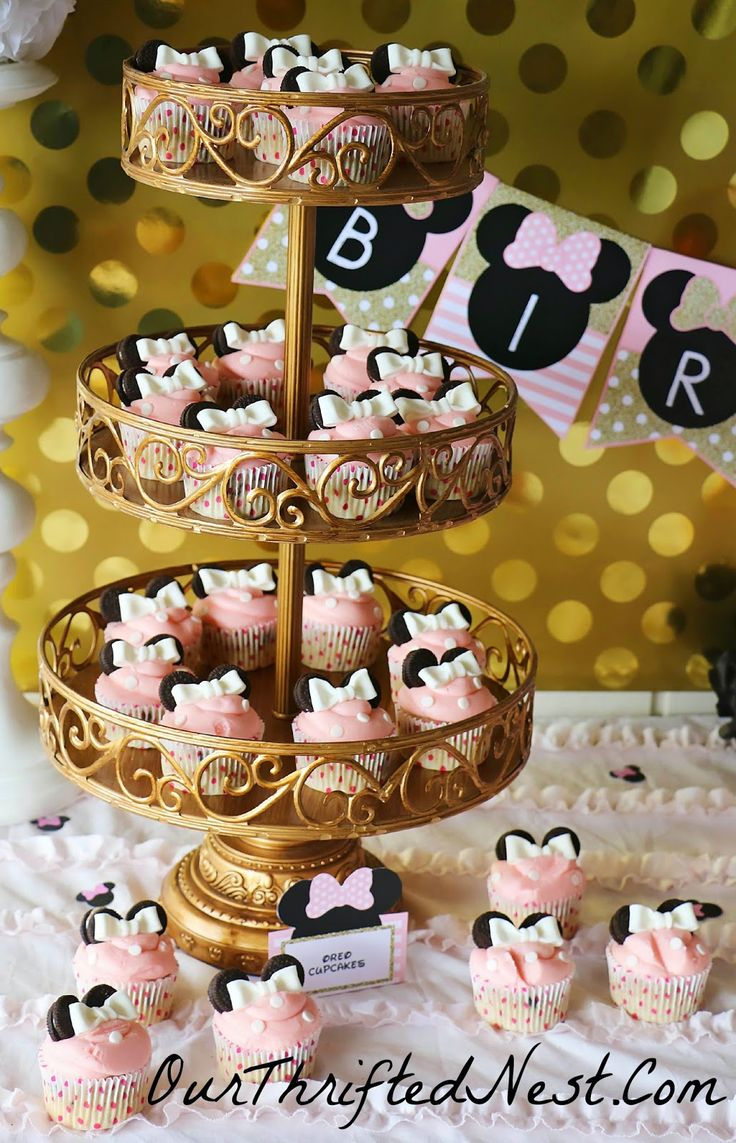 Minnie Mouse Themed Birthday Party: Pink Oreo Minnie Mouse Ear Cupcakes On  A Tiered Gold