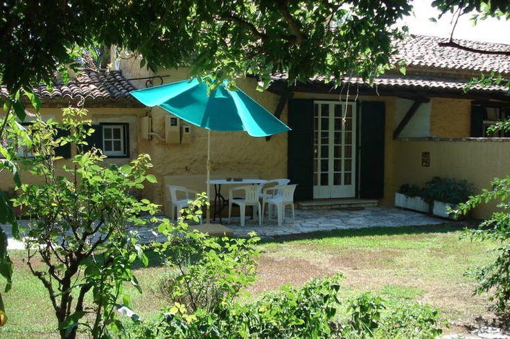 Leuk appartement met eigen tuin te huur op het Griekse eiland Corfu. Prima plek voor rustzoekers.