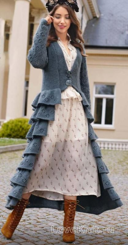 Спицами длинное пальто с рюшами на юбке фото к описанию