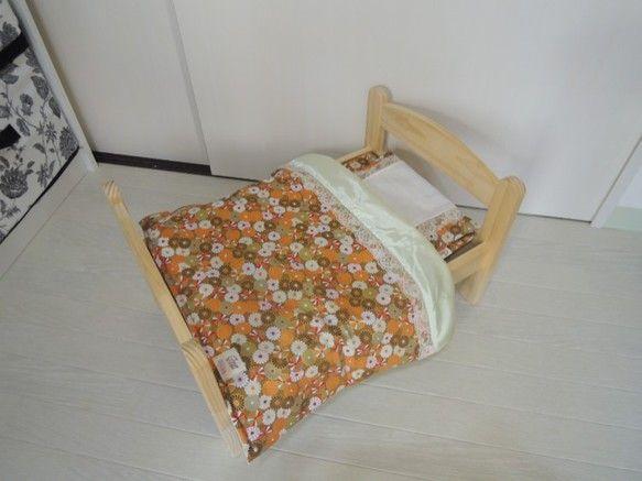 IKEAで販売しているお人形さん用ベッドが、猫ちゃんサイズだったので、アレンジしちゃいました♪和柄の敷布団、枕、枕カバー、掛け布団を作って、ベッドにセット♪〇...|ハンドメイド、手作り、手仕事品の通販・販売・購入ならCreema。