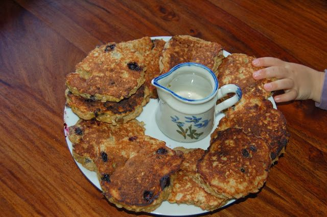 Banana&Blueberry Oat Pancakes