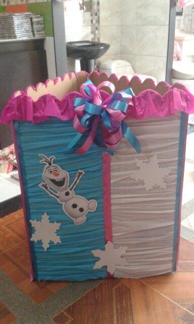 Caja para regalos frozen!