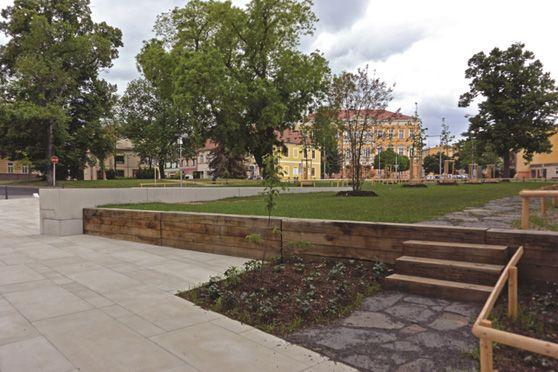 archiweb.cz - Löschnerovo náměstí v Kadani získalo cenu v soutěži Stavba roku