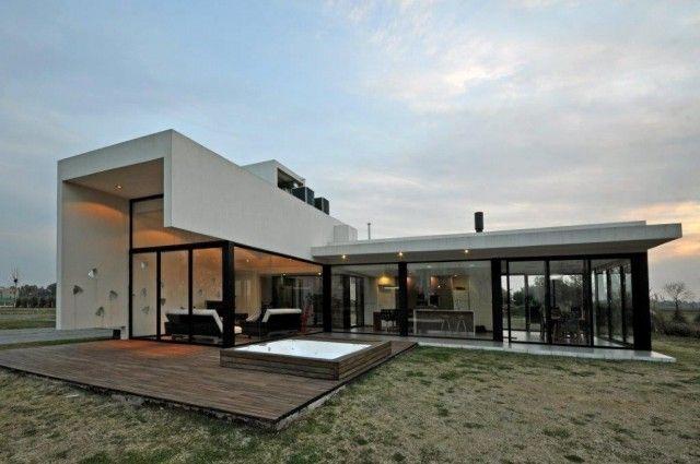 Vanguarda Architects | Terravista House on http://www.arthitectural.com #Architecture #House