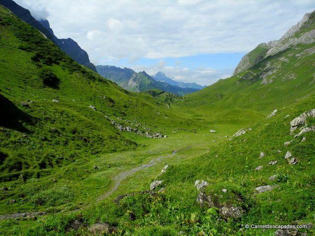 Randonnée en Suisse - Tour des Muverans - Carnet d'escapades - Col des Esserts www.villars.ch #villars #villarsgryon #tourdumuveran