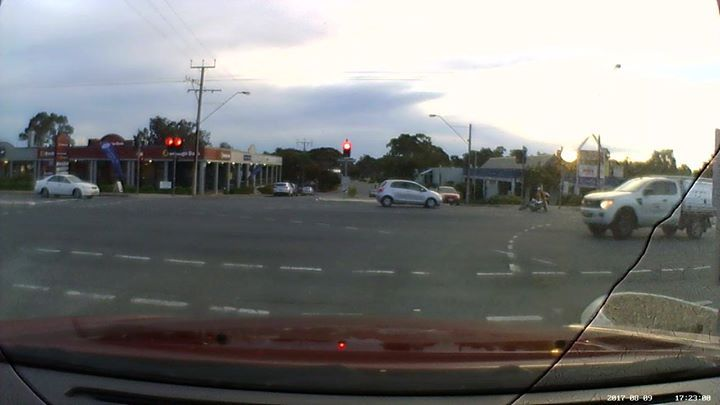 Only two reasons I believe for buying a bike, save fuel, or ride like a twat; guess which one I suspect this guy was... #dashcam #EpicFail #dashcamvideos #roadrage #insane #deathwish