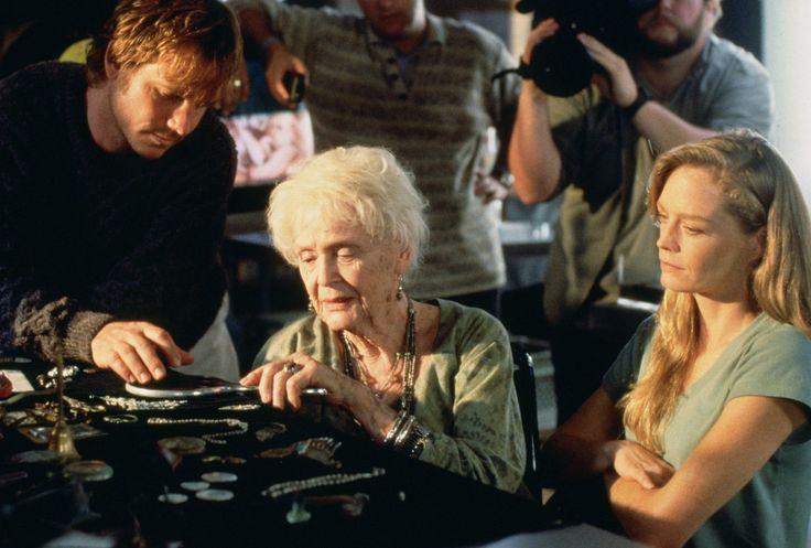 Bill Paxton, Suzy Amis, and Gloria Stuart in Titanic (1997)