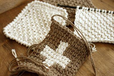 コットン糸でアフガン編み中~ のんびり手仕事三昧~koropokkuru~                                                                                                                                                      もっと見る