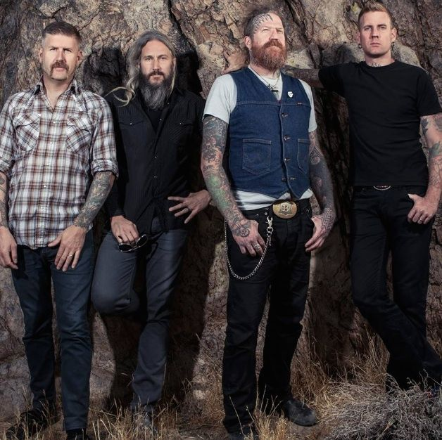 "Mastodon  Show Yourself  Next month veteran Georgia metal face-crushers Mastodon are coming back with the new album Emperor Of Sound and we've already posted first single ""Sultan's Curse."" Where that song brought back some of the brutal atmosphere of the band's early days their new song ""Show Yourself"" is a grungy chug-b..."