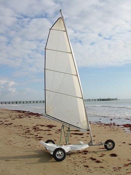 Laissez vous tenter par un peu de char voile avec amp composite sport land yachts - Laissez vous tenter ...