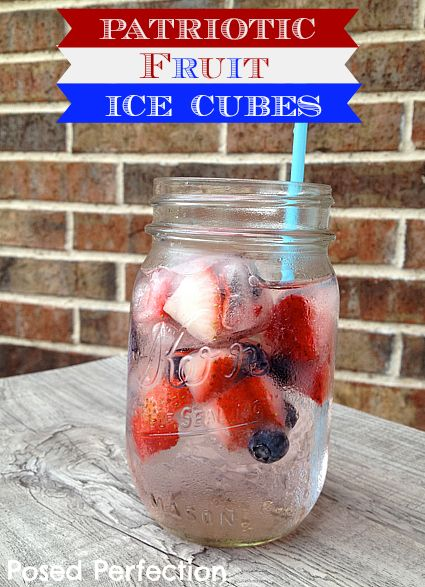#Patriotic Fruit Ice CubesHoliday Ideas, Poses Perfect, Fourth Of July, Fruit Ice Cubes, Patriots Fruit, July Desserts, 4Th Of July, July 4Th, Healthy Drinks