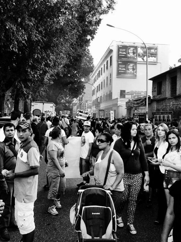 """""""Liberazioni quotidiane"""". 3° riScatto urbano di @Detta Lalla Saranno conteggiati i RT al seguente tweet: https://twitter.com/Detta_Lalla/status/376746469686247425"""