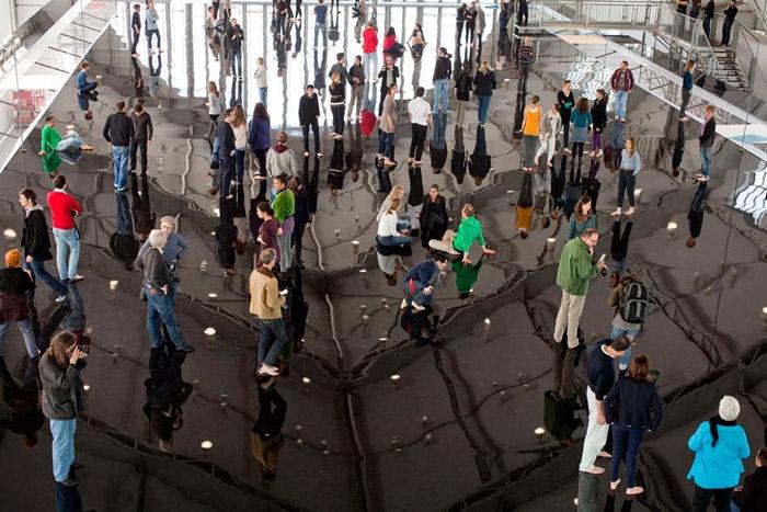 Antony Gormley – Horizon Field  2012 Hamburg