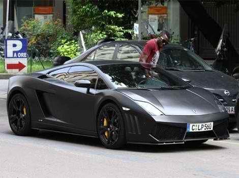 Sulley Muntari Blacked-Out Lamborghini Gallardo #lamborghini #gallardo #black #cars #auto #rides