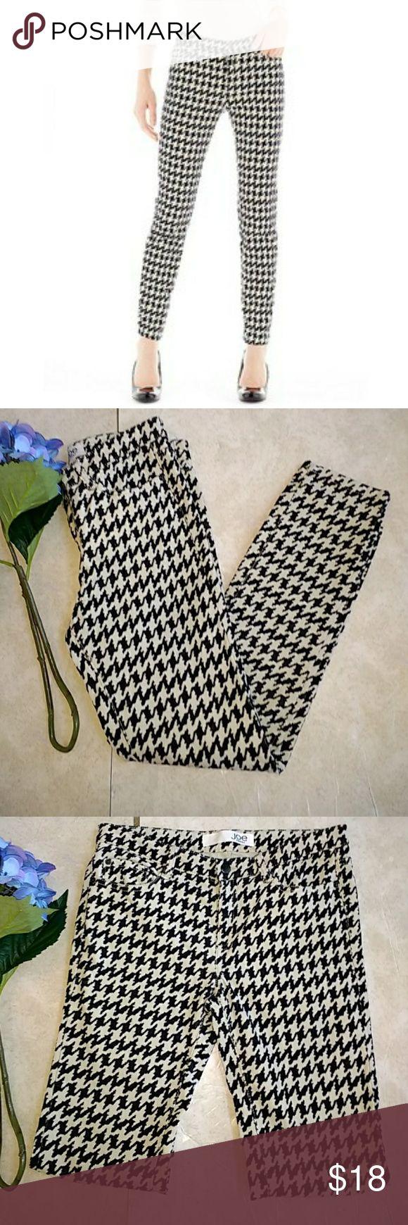 Joe Fresh Corduroy Slim Pants Super soft houndstooth black & cream color  slim fit corduroy pants. Joe Fresh Pants Skinny