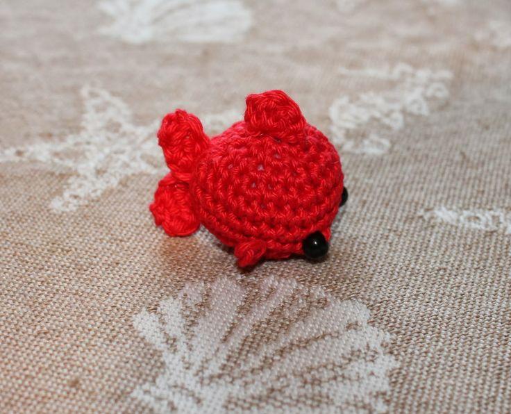 Free Amigurumi Goldfish Pattern : Goldfish amigurumi pattern crochet - amigurumi Pinterest