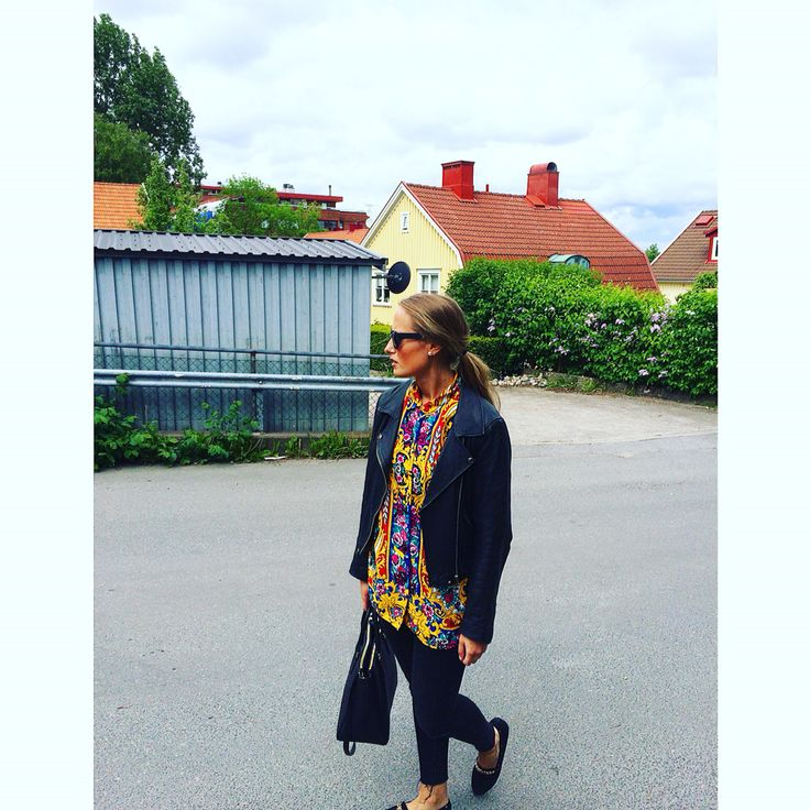 My vintage blouse - in love