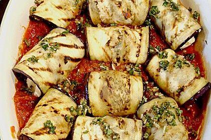 Auberginenröllchen mit Mozzarella und Tomatensauce, ein raffiniertes Rezept aus der Kategorie Gemüse. Bewertungen: 24. Durchschnitt: Ø 4,4.