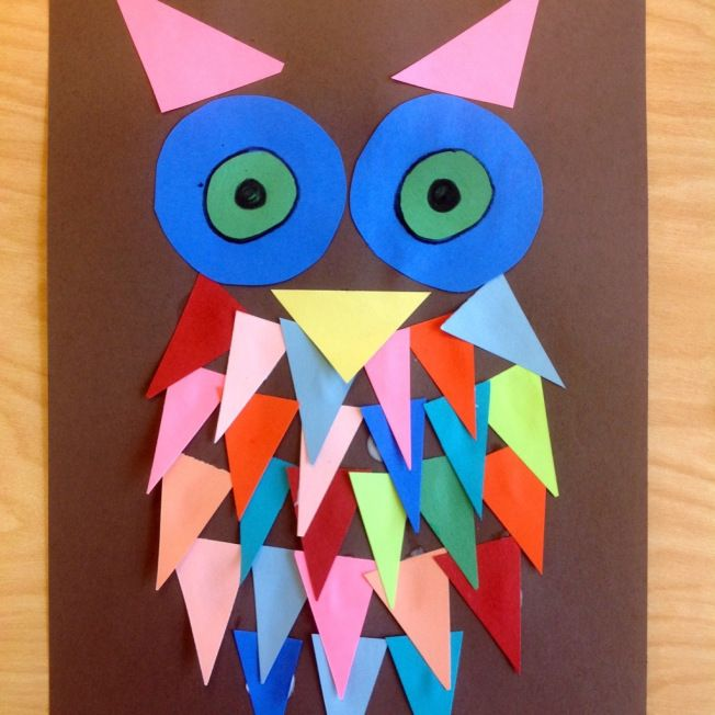 Super cute Shape Owls! A great early lesson for kinders and discussing shapes and colors. http://tinyartroom.wordpress.com/2013/09/03/kindergarten-shape-owls/ #preschool #kidscrafts #efl #education (repinned by Super Simple Songs)
