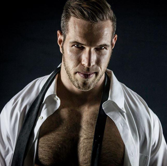 Alex Mecum | men | Alex mecum, Hairy men und Suit, tie