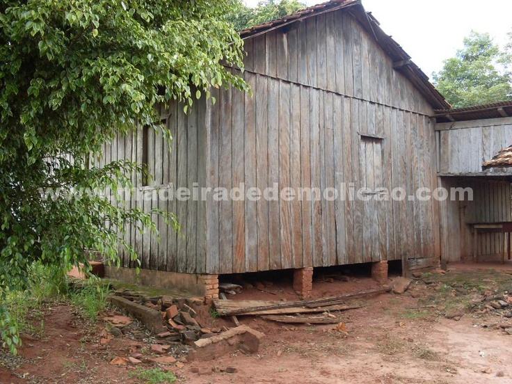 Casas Antigas - www.madeiradedemolicao.com