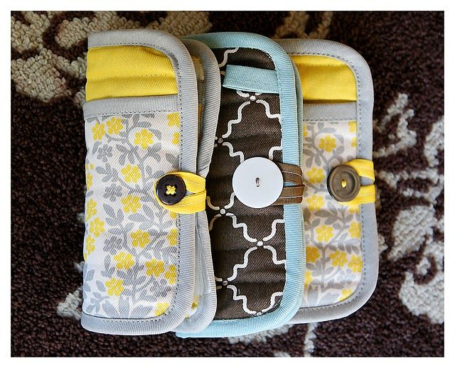 Emergency clutch made from potholder