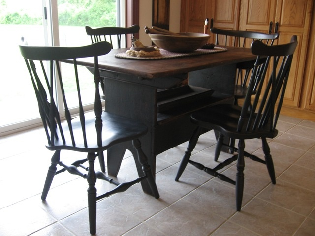 Love this Table and Chairs186 best Windsor Chairs and Benches images on Pinterest  . Primitive Dining Table Set. Home Design Ideas
