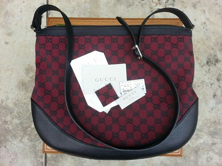 2nd : GUCCI sling - 5.5mio