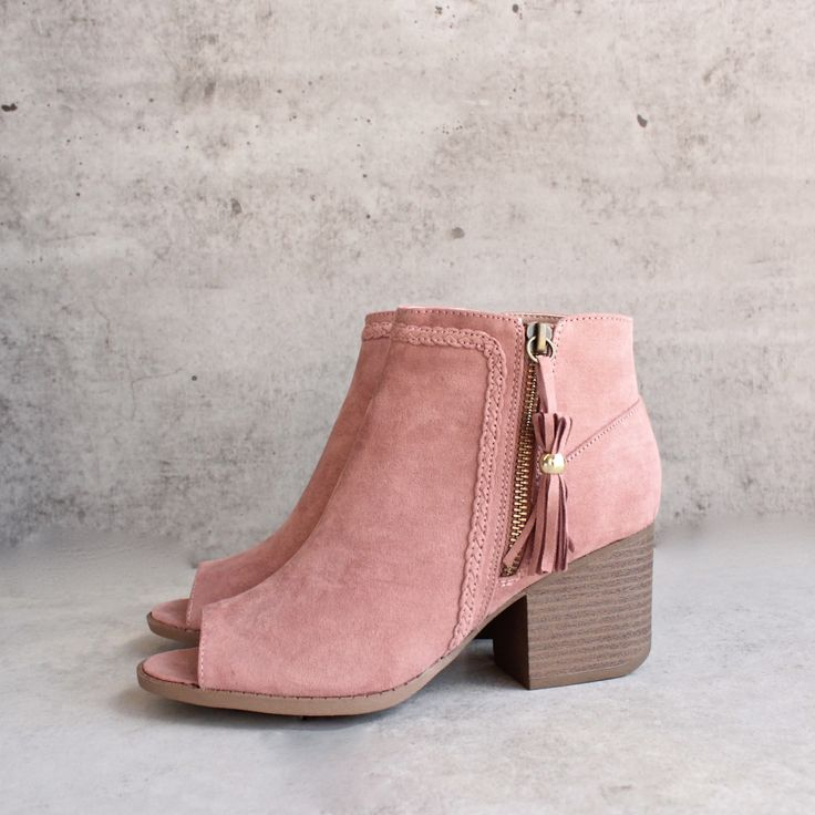 """Material: Vegan Suede (man-made) Sole: Synthetic Measurement Heel Height: 2.5"""" (approx) Shaft Length: 6"""" (including heel) Top Opening Circumference: 10"""" (approx)"""