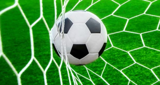 LONDON - English Football League (EFL) heading forward with more matched held on Sunday.Be...