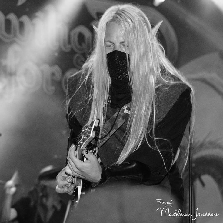 Aerendir - Twilight Force ⚫ Photo by Madelene Jonsson ⚫ Sabaton Open Air 2016 ⚫ #TwilightForce #music #metal #concert #gig #musician #Aerendir #guitar #guitarist #elf #performing #playing #mask #wow #warcraft #anime #tabard #bracers #dragon #fire #castle #blond #longhair #festival #photo #fantasy #magic #cosplay #larp #man #onstage #live #celebrity #band #artist #performing #Sweden #Swedish #SOA #SabatonOpenAir #Sabaton