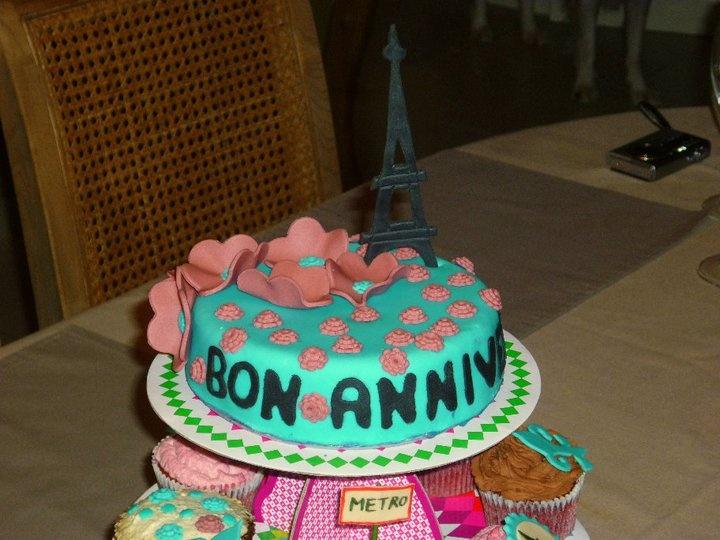 verjaardagstaarten toren thema Parijs