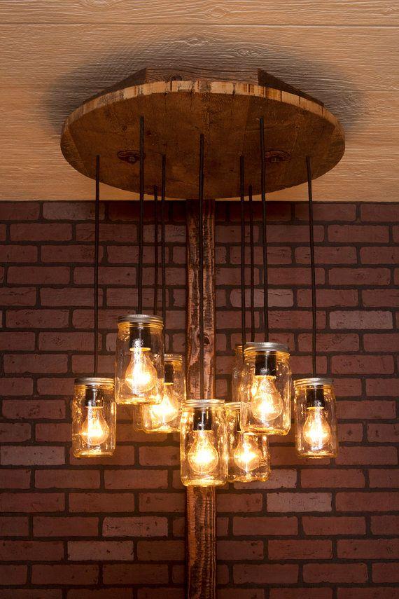 Tarro de masón lámpara con madera recuperada y 10 colgantes.