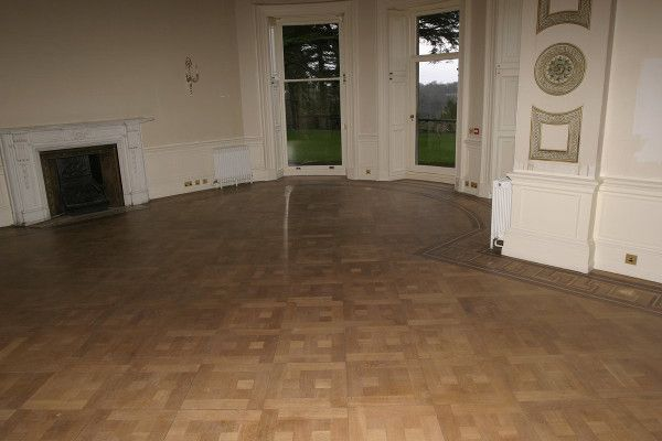 The fine art of wood floor sanding - Learn everything you need to know in order to sand a wooden floor and create a professional wood finish. #wood #floor #sanding