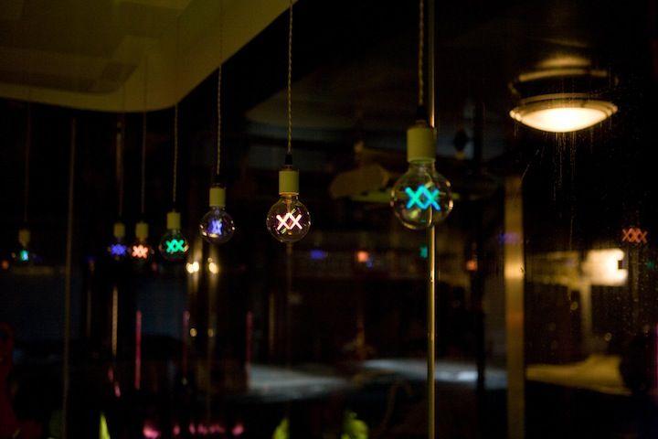 bulbs - My Modern Met
