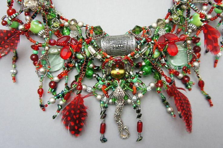 Zilveren slang in rood en groen Sieraden - Jewelry - Bijoux - Gemma Frowijn www.gemmafrowijn.nl