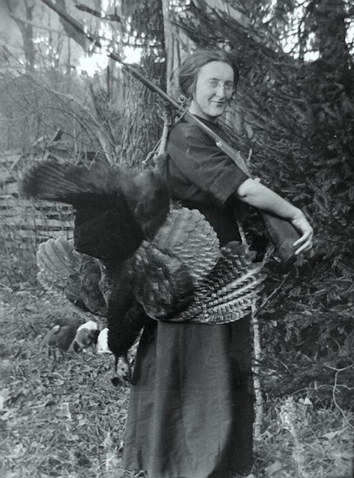 Yall just hold your horses while Mamaw fixes Thanksgivin dinner! (Helvetia West Virginia)