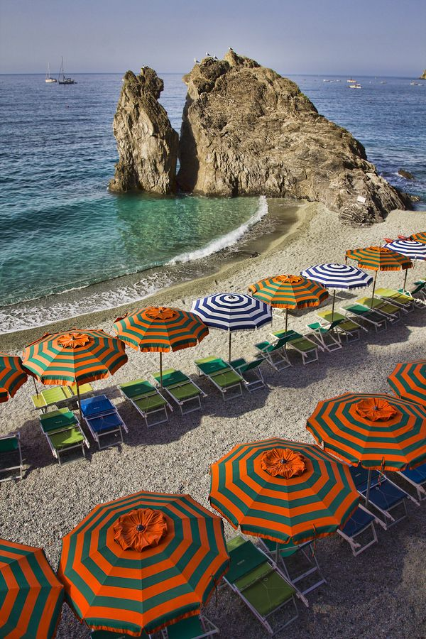 Cinque Terre by Eddy Archer, via 500px: At The Beaches, Beaches Umbrellas, Buckets Lists, Cinque Terre Italy, Favorite Places, Beautiful Places, Places I D, Italian Riviera, Five Land