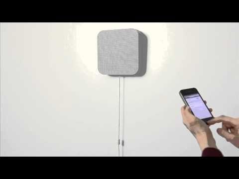 壁掛式Bluetoothスピーカー  http://www.muji.net/store/cmdty/detai...  電源コードを下に引くと電源のON/OFFができる壁掛式のBluetoothスピーカーです。お手持ちのスマートフォンから無線(Bluetooth)で音楽の再生が可能です。付属金具で石膏ボード壁、木壁、柱(木製)へ取付が可能です。FMチューナー付きでFM放送もお楽しみいただけます。