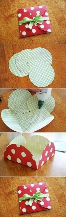 Looks super easy, and is super cute for a small gift or a cash gift.