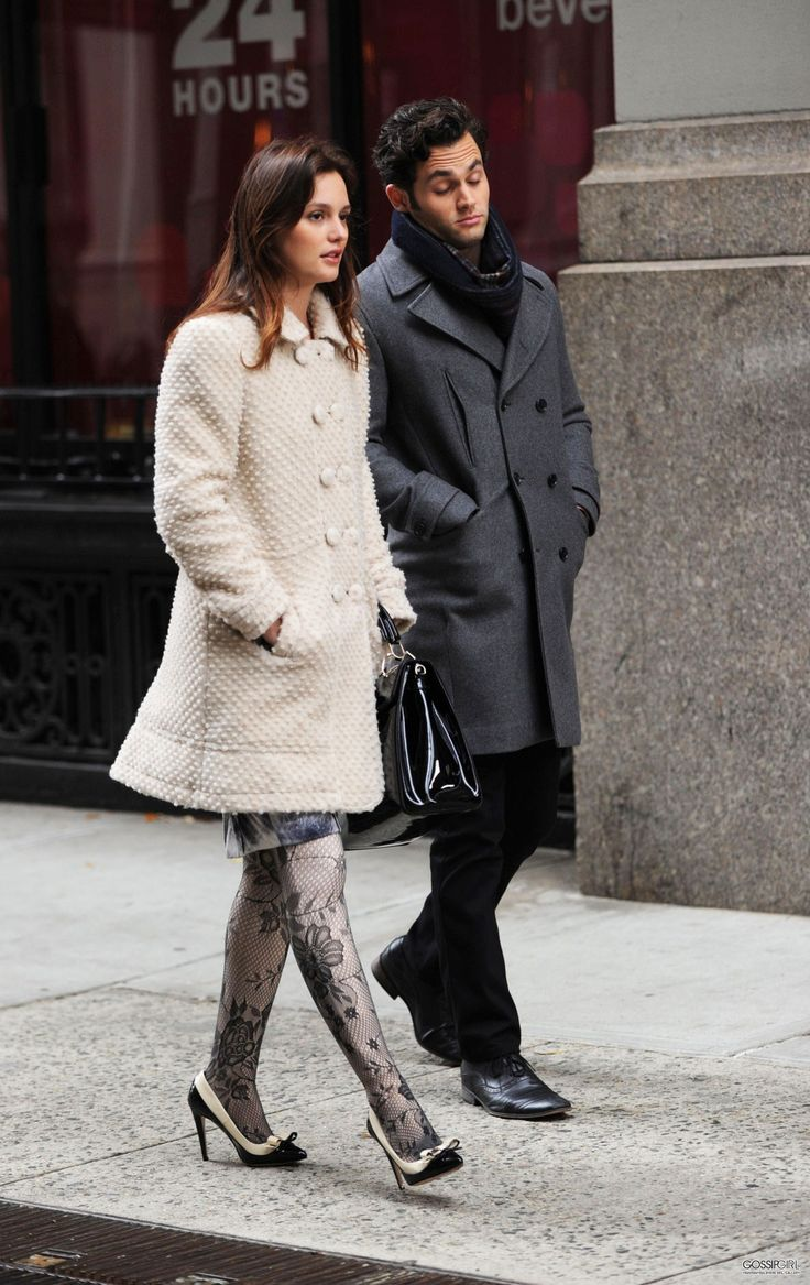 Blair Waldorf and Dan Humphrey on the set of Gossip Girl / fashion moment