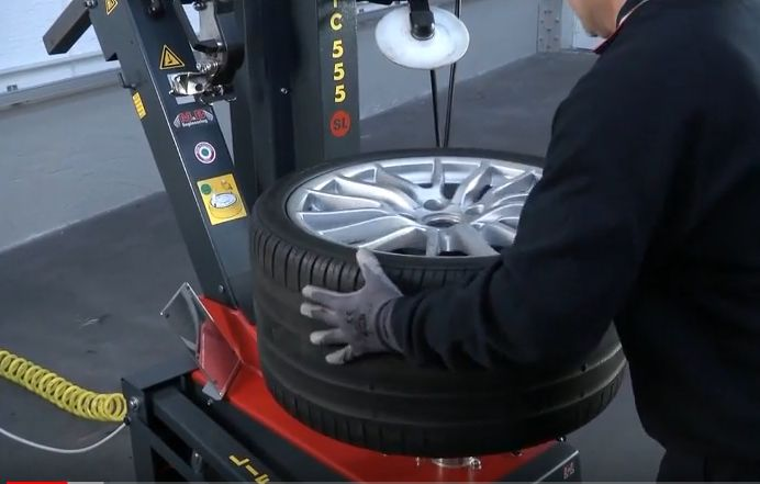 TC555 lever less and touchless, best tyre fitting machine. Watch the video to check how it works at: https://www.youtube.com/watch?v=Zpy3jkzqBHo.  Available at: http://interequip.com.au/