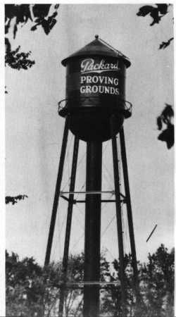 059-Packard_Water_Tower-196.JPG (250×450)